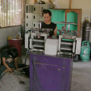 silversmithing, Huay Dtom, rolling out sheets of silver, preparing silver, processes